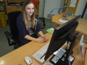 Louisa bei der Arbeit