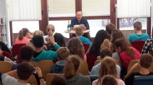 Lukas Erler beim Bücherrummel in Erkrath 2015