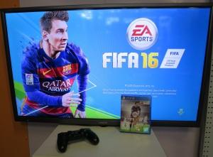FIFA 16 zocken und dabei die eigenen Sprachkenntnisse erweitern? Kein Problem!