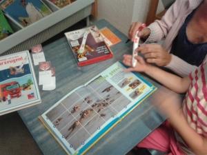 Eltern und Kinder probierten eifrig Ting- und Tiptoimedien aus